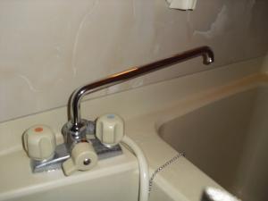 浴室蛇口.jpg