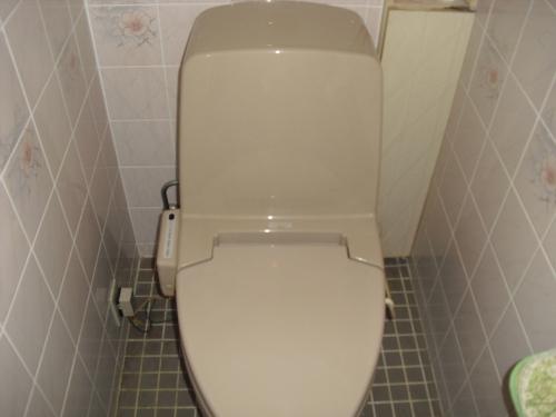 節水型トイレ工事前.jpg